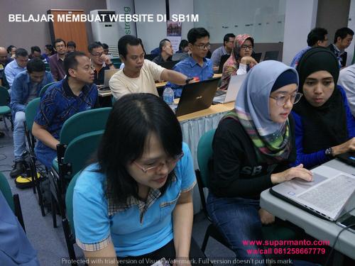 BELAJAR MEMBUAT WEBSITE DI SB1M